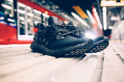 adidas_ultraboost_triple_black_1