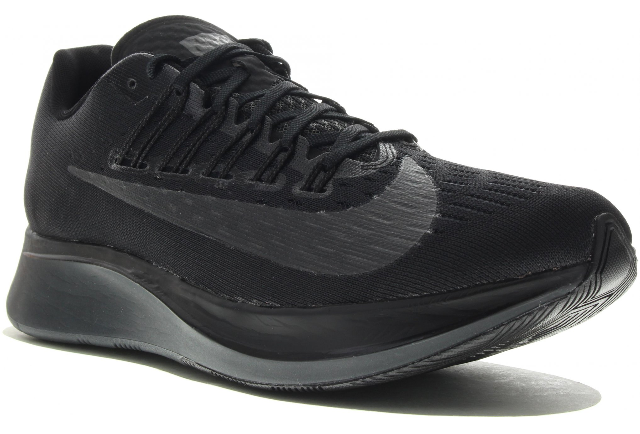 Nike_Zoom_Fly_Triple_Black