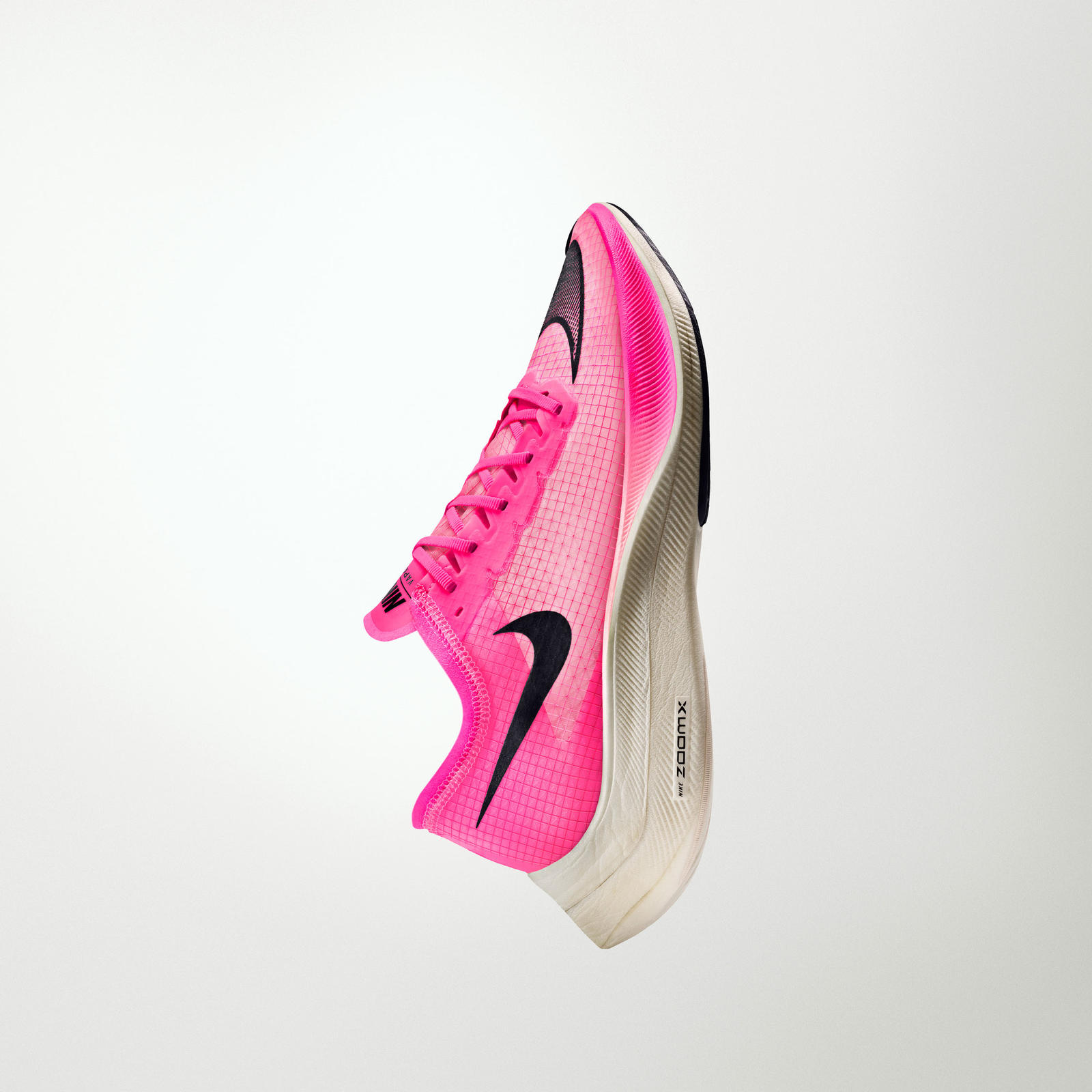 NikeNews_ZoomFamily19_HO19_RN_Zoom_Next_VERTCAL_native_1600
